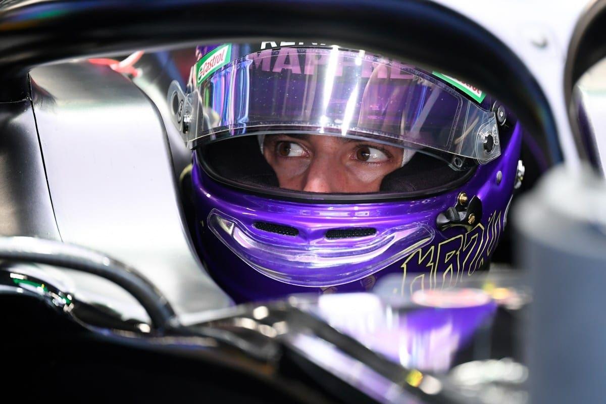 Daniel Ricciardo Analisara Propostas Mas Prioridade E Ficar Na Renault F1 F1mania