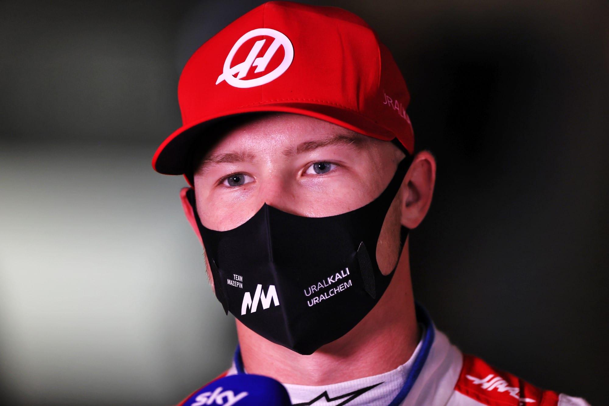Mazepin questiona comentário de Hamilton sobre pilotos ricos na F1